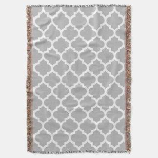 Graues graues Weiß-Marokkaner Quatrefoil Muster #5 Decke