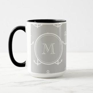 Graues Weiß verankert Muster, Ihr Monogramm Tasse