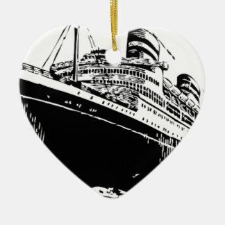großes Boot im Meer Keramik Ornament