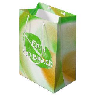 """Großes grünes irisches Lippen""""Erin gehen bragh"""" Mittlere Geschenktüte"""
