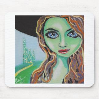 Grüne Gesichtshexe mit großen blauen Augen Gordon Mauspads