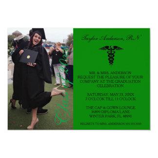 Grüne medizinische RN-SchulAbschluss-Mitteilung 12,7 X 17,8 Cm Einladungskarte