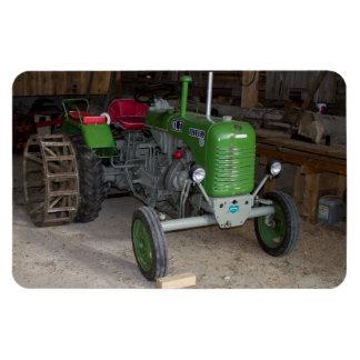 Grüner Steyr Traktor Kiloliter I Eckige Magnete