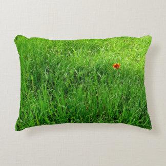 Grünes Gras-Fotografie Dekokissen