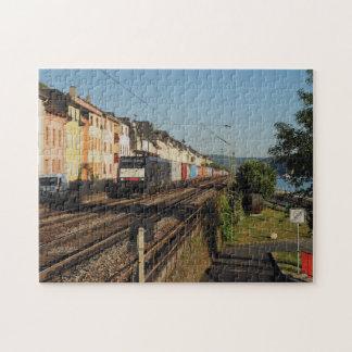 Güterzug in Lorchhausen am Rhein Puzzle