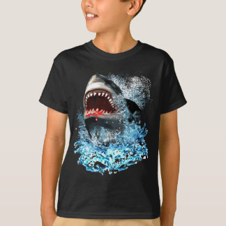 Haifisch-Angriff! T-Shirt