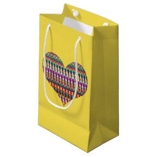 Häkelarbeit-Geschenk-Tasche - Häkelarbeit-Herz - Kleine Geschenktüte