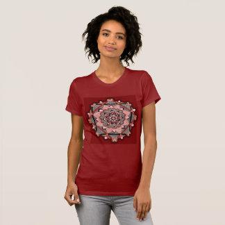 Hand gezeichneter Burgundermandala T-Shirt