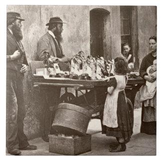 Händler in extravaganten Waren, 1876-77 (woodburyt Große Quadratische Fliese
