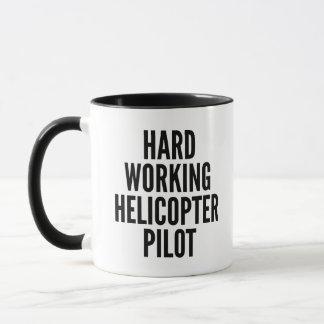 Harter Arbeitshubschrauber-Pilot Tasse