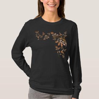 Hartholz-Hügel-Herbst verlässt T-Shirt