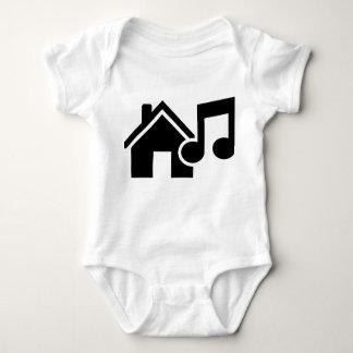 Hausmusikanmerkung Shirts