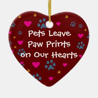 Haustiere verlassen Tatzen-Drucke auf unseren Keramik Herz-Ornament