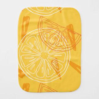 Helle gelbe Zitronen gezeichnetes Sommermuster Baby Spucktuch