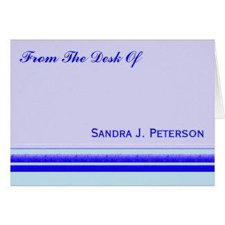 Heller blauer Streifen auf beruflichem Mitteilungskarte