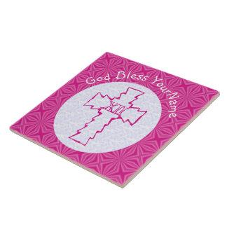 Helles rosa Zickzack-Kreuz auf Weiß und Pink Keramikfliese