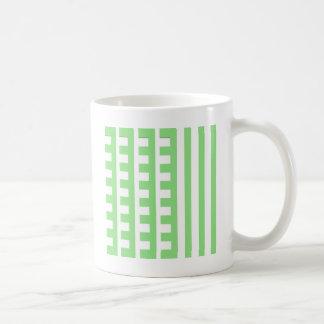 Hellgrüner Kamm-Zahn Tasse