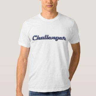 Herausforderer-Chrom-Skript Tshirt