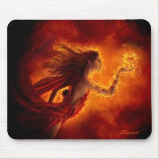 Herz auf Feuer Mousepad