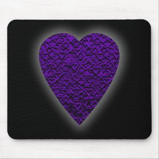 Herz in den lila Farben. Gemusterter Herz-Entwurf Mousepads