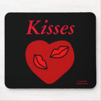 Herz küsst Mausunterlage Mousepads