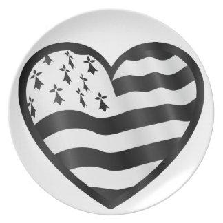 Herz mit Bretin Flagge nach innen Melaminteller