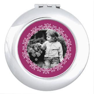 Himbeerextravagantes Taschenspiegel