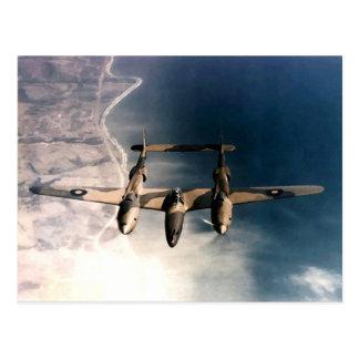 Historische Flugzeuge des Kriegs-WW2 im Flug Postkarte