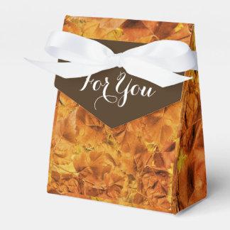 Hochzeit im Herbstsherbst verlässt Bevorzugung Geschenkschachtel