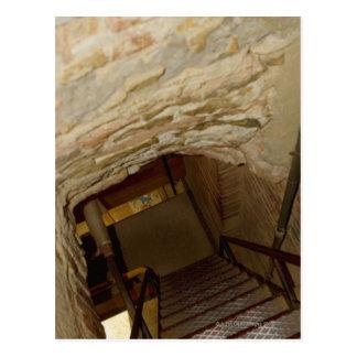 Hohe Winkelsicht eines Treppenhauses, La Rognosa, Postkarte