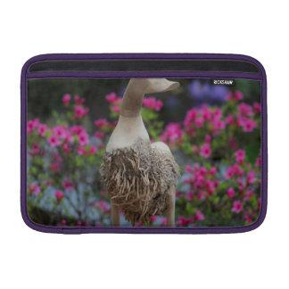 Hölzerne Ente mit Blumen Sleeve Fürs MacBook Air