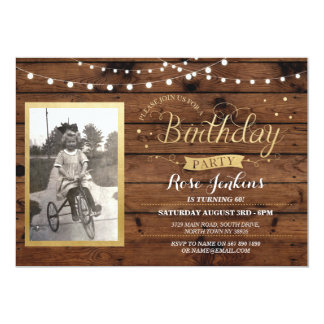 Hölzerner Foto-Geburtstag beleuchtet rustikale 12,7 X 17,8 Cm Einladungskarte