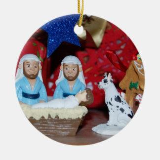 Homosexuelle Geburt Christi: Liebe macht eine Keramik Ornament
