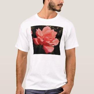 Hübsche Pfirsich-Rosa-Rose mit Blumen T-Shirt