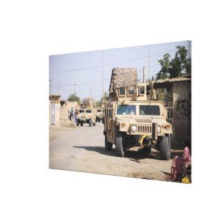 Humvees Führungssicherheit während einer Galerie Faltleinwand