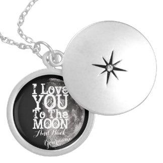 I Liebe Sie zum Mond und zur Rückseite mit Ihrem Medaillon