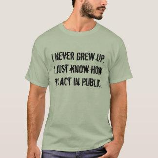 """""""Ich wuchs nie"""" das T-Stück der Männer auf T-Shirt"""
