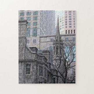 Im Stadtzentrum gelegenes buntes Gebäude-Foto Puzzle