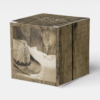 Imitat-Scheunen-Holz-und Cowboyhut-Land-Hochzeit Geschenkkartons