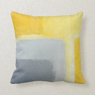 """""""Inspirierte"""" graue und gelbe abstrakte Kunst Kissen"""