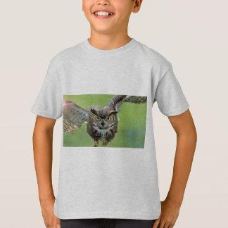 Intensives Eulen-Fliegen T-Shirt