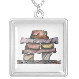 Inuksuk Halskette Mit Quadratischem Anhänger
