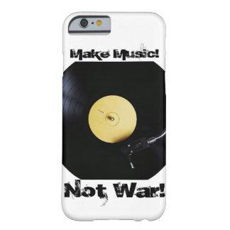 iPhone: Machen Sie Musik! Nicht Krieg! Barely There iPhone 6 Hülle