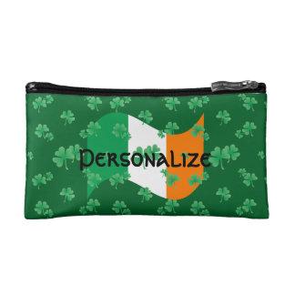 Irische Flagge mit Kleeblättern Kosmetiktasche
