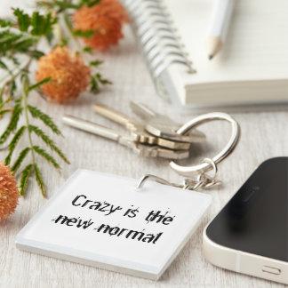 Ist der neue Normal verrückt Einseitiger Quadratischer Acryl Schlüsselanhänger
