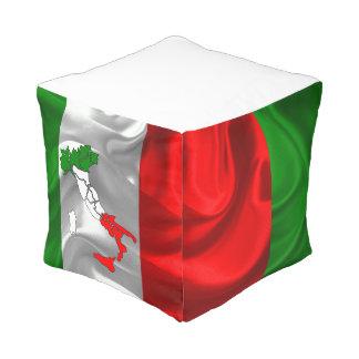 Italienischer Stiefel Kubus Sitzpuff