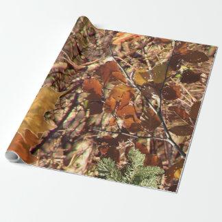 Jäger-Waldtarnungs-Malerei fertigen dieses Geschenkpapier