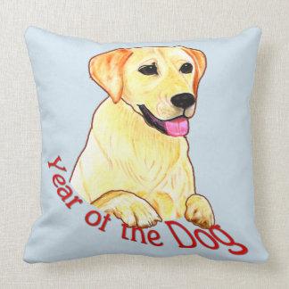 Jahr des Hundes - Hand gezeichneter Labrador-Druck Kissen