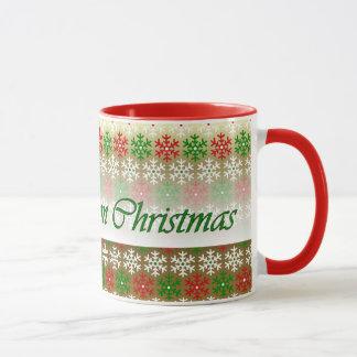 Jahrestag auf Weihnachtsschnee blättert rote grüne Tasse