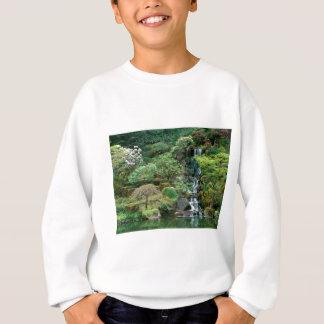 Japaner arbeitet Portland, Oregon im Garten Sweatshirt